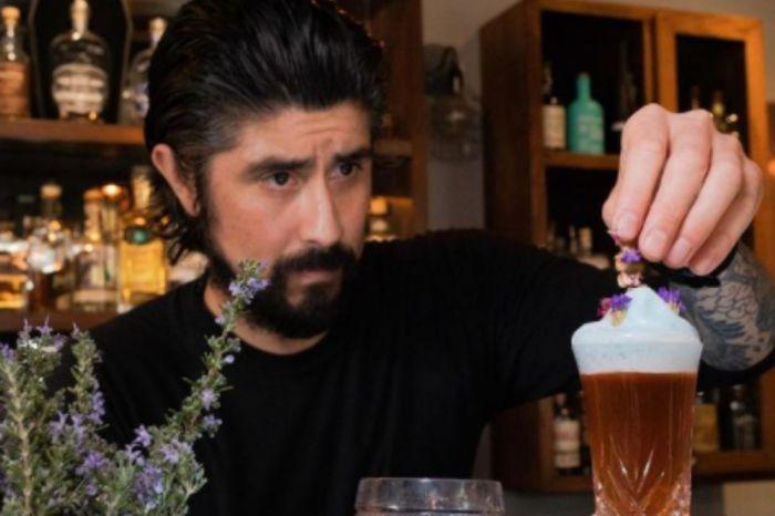 Photo for: Make a Ramos Gin Fizz with bartender Pedro Barriga