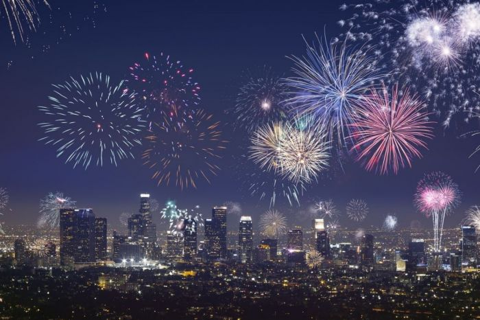 Photo for: What is There to do in LA for New Years' Eve 2021?